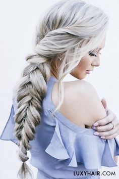 How perfect is this absolutely stunning fishtail #luxyhair braid on @stephanie_danielle? It is seriously hair goals.
