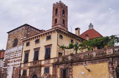 http://it.123rf.com/photo_54072867_glimpse-of-center-of-lucca-tuscany-italy.html