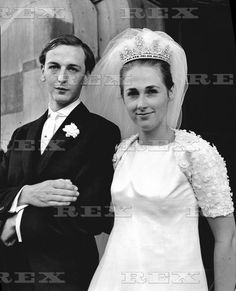 Current Duke and Duchess of Devonshire on their wedding day,she wears the lesser Devonshire diamond tiara