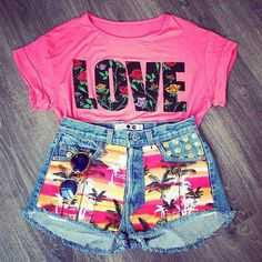 nice beach outfit and lunch with friends in december . nice summer outfit high waist and pink crop top...... any girl can rock this