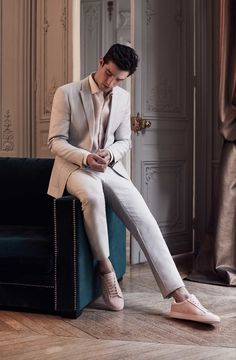 To The Wedding – Reiss Editorial