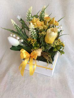 Centerpieces, Table Decorations, Easter Decor, Jewelry Crafts, Floral Arrangements, Bouquet, Spring, Home Decor, Fake Flower Arrangements