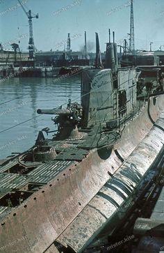 Luftwaffe, German Submarines, Ww2 Photos, Naval History, Cool Tanks, German Army, Art Reference Poses, Battleship, World War Two
