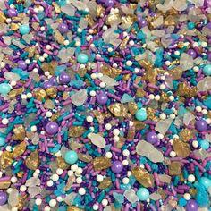 Under the Sea / Mermaid Sprinkle Mix - Blue, Purple & Gold Sprinkle Blend Mermaid Cookies, Gold Cake, Beach Wedding Decorations, Candy Making, Purple Gold, Under The Sea, Cake Pops, Wedding Designs, Cakepops