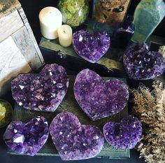 love the amethyst heart crystals for my meditation space Crystals Minerals, Gems And Minerals, Crystals And Gemstones, Stones And Crystals, Gem Stones, Purple Love, All Things Purple, Shades Of Purple, Purple Hearts