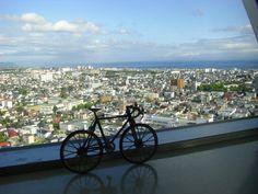 It takes a picture in Hokkaido goryoukaku.