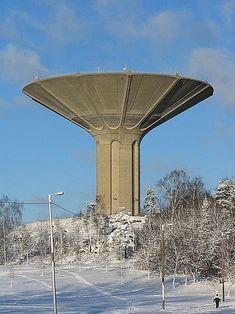 File:Roihuvuori water tower - Helsinki Finland.jpg
