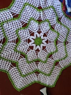 Vintage Crochet Doily, Round Table Off White Victorian Home Shabby Chic cottage Flowers Crochet Doily Patterns, Crochet Squares, Crochet Motif, Crochet Doilies, Crochet Flowers, Crochet Stitches, Knitting Patterns, Crochet Coaster, Thread Crochet