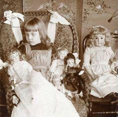 A Victorian post-mortem photo.