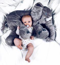 """3,589 Likes, 53 Comments - AMANDA MORITZ (@amoritz) on Instagram: """"Goodmorning world ❤️ #babygirl #cuddletime"""""""