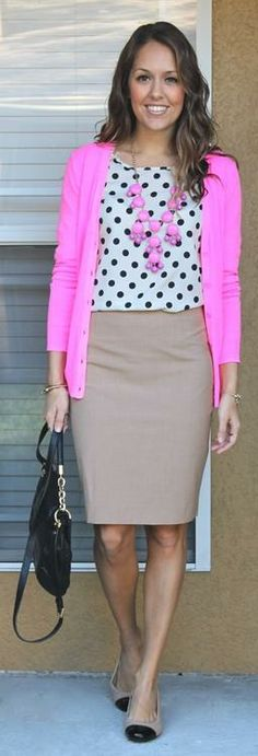 J's Everyday Fashion provides outfit ideas, budget fashion, shopping on a budget, personal style inspiration, and tips on what to wear. Skirt Outfits, Casual Outfits, Cute Outfits, Fashion Outfits, Fall Outfits, Fashion Clothes, Workwear Fashion, Dress Casual, Skirt Fashion