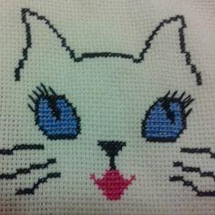 Baby Knitting Patterns, Cross Stitch Patterns, Kawaii, Pets, Crafts, Hand Embroidery Flowers, Embroidered Cushions, Cross Stitch For Baby, Mini Cross Stitch