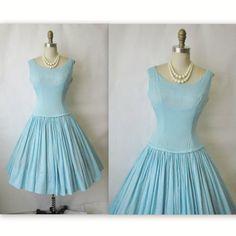 vintage 1950s dress @thevintagestudio @etsy