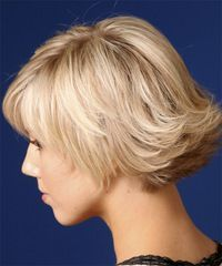 Short, wavy layers with spirited, flipped-up ends #hair #paulayoung ...