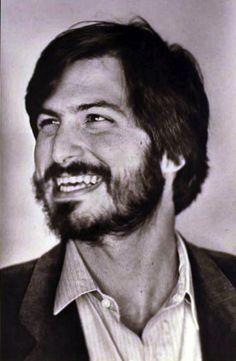 Steve Jobs looking a little like Che Guevara