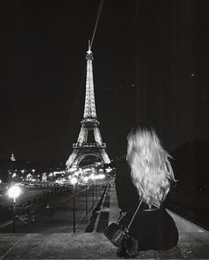 instagram @tinaiwan  #paris #views #girl #blonde #view #blonde #fashion #hair #tour #eiffla