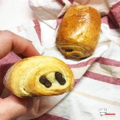Pains au Chocolat Briochés Recette Companion Pains, Brunch, Bread, Cooking, Knifes, Four, Biscuits, Dessert, Table
