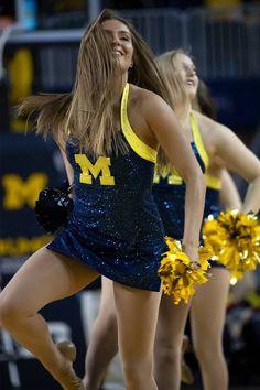 Cheerleaders Pictures, Nfl Cheerleaders, College Cheerleading, College Football, Professional Cheerleaders, Cheer Outfits, Cheer Pictures, University Of Michigan, Michigan Wolverines