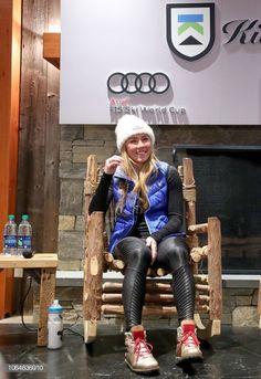 Press conference in Killington Ski Girl, Sport Girl, Mikaela Shiffrin, Gold Boots, Lindsey Vonn, Alpine Skiing, How To Run Faster, Olympians, Woman Crush