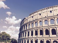 """""""#Colosseum in #Rome. #VCUntouched"""""""