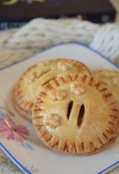 Relleno, Apple Pie, Desserts, Food, Cinnamon Scones, Sweets, Recipes, Pies, Tailgate Desserts