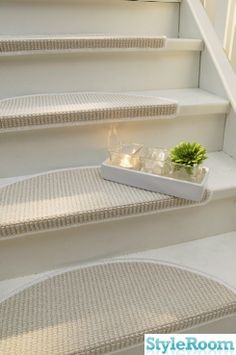 J Interior Design Entryway Stairs, House Staircase, Staircase Runner, Stair Landing, Stair Steps, Interior Decorating, Interior Design, Home Upgrades, Stairway To Heaven