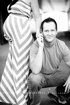 Maternity pictures - except put older sibling where dad is.