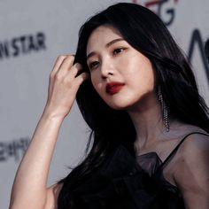 Park Joy, Best Instagram Posts, Twitter Icon, Blackpink Lisa, Kpop Outfits, Sooyoung, Korean Girl, Red Velvet