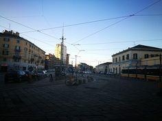 Buongiorno #Milano. Un giovedì che sembra domenica. Ore 830 a Porta Genova #milanodavedere Milano da Vedere
