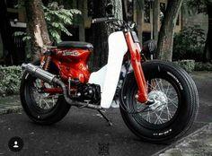 Cafe Racer Bikes, Cafe Racer Motorcycle, Moto Bike, Motorcycle Garage, Triumph Motorcycles, Honda Stream, Scooters, Vespa Vintage, Ducati