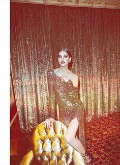 Glistening Glamour Editorials : Harper's Bazaar Turkey December 2012