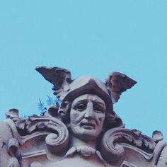 Mitre y Callao. #MascarasDeBuenosAires #archilovers #buenosaires #igersbsas #loves_buenosaires #ArgentinaEsTuMundo #argentinaIG #arkitectureart #ig_buenosaires #maszkaron #archi_ologie #urbanocity #hallazgosemanal #argengramer #icu_argentina #imagePhilia #ARQgentina #ig_argentina #igArgentina #archidaily #classic_arch #clean_facades #tiles #tileaddiction #splendid_urban #lookingup_architecture #archhunter #detalhes_em_foco #going_into_details by mascarasdebuenosaires