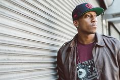 An evangelical Christian rapper has taken over the iTunes hip-hop/rap chart. 1 and No. have belonged to Lecrae ever since his new album, Gravity, dropped on Sept. Best Christian Rappers, Christian Singers, Christian Music, Best Rapper, Hip Hop Rap, New Poster, Best Songs, My Favorite Music, Role Models