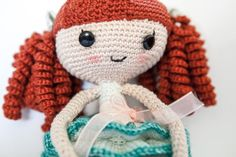 For a mystery challenge on Facebook, I crocheted a LalaLoopsy doll. The link to the pattern can be found in this blogpost.