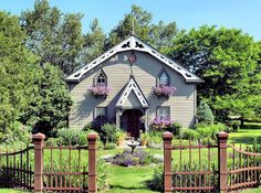 45 Ways to Improve The Curb Appeal of Your Home