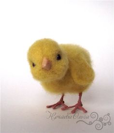 photo tutorial for needle felted chick. I especially find it useful to see how she made the legs.