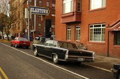 1965+Lincoln+Continental+4-dr+Pillard+Hardtop+Sedan.+-+2.jpg (800×531)