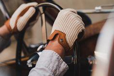 Autodromo Stringback Driving Gloves - Best My deas Leather Driving Gloves, Leather Gloves, Leather Jackets, Cotton Gloves, Knitted Gloves, Gants Vintage, Gloves Fashion, Men Fashion, Winter Fashion