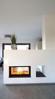 flacher tunnelkamin wohnung renovieren wohnung kuche wohnesszimmer einrichten moderne raumteiler kachelofen modern