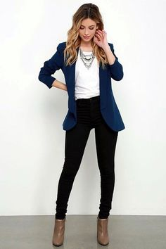 Work Outfit - I like the skinny pants with blazer