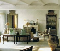La Spectaculaire Cuisine Ancienne Du Château | Design: The General |  Pinterest | Dining, Provence And Interiors