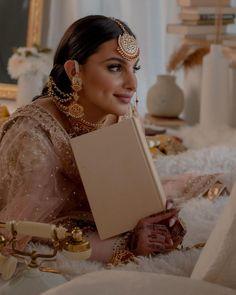 Ethnic Fashion, Womens Fashion, Indian Bridal, Streetwear Fashion, Bridal Jewelry, Desi, Vintage Inspired, Wedding Photography, Wedding Dresses