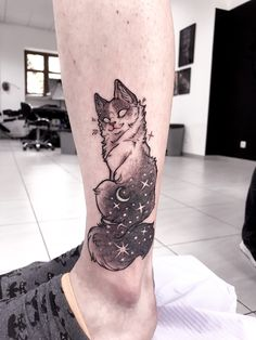 Cat tattoo by Chestnut tattoo