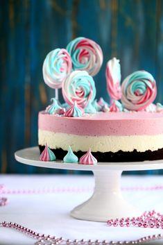 Mansikka-valkosuklaajuustokakku suklaakakkupohjalla, munaton - Suklaapossu Chocolate Dome, Vanilla Cake, Flora, Baking, Desserts, Cakes, Ideas, Tailgate Desserts, Deserts