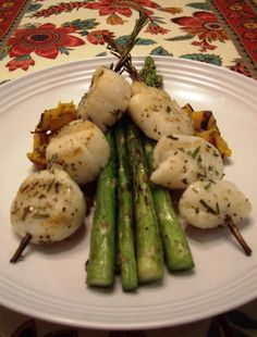 Rosemary Scallops with Roasted Butternut Squash and GrilledAsparagus