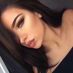 Most complementary eyeshadows for olive skin – Makeup by Aneysha Gorgeous Makeup, Love Makeup, Makeup Inspo, Makeup Inspiration, Neutral Makeup, Awesome Makeup, Awesome Hair, Makeup Goals, Makeup Tips