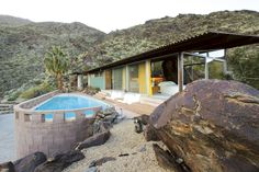 The Frey House II, the landmark residence by architect Albert Frey, will be open for tours during Palm Springs Modernism Week. Albert Frey, Modernism Week, Palm Springs California, California Usa, Famous Architects, House Colors, Modern Architecture, Residential Architecture, Mid-century Modern