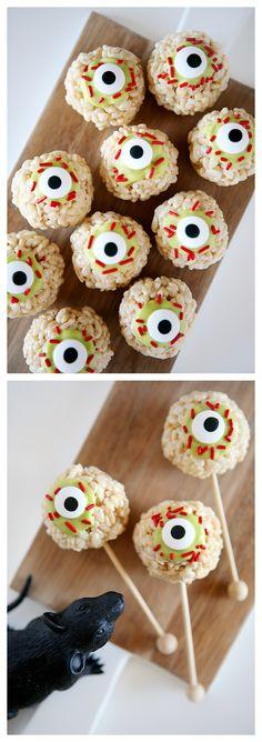 Zombie Eyeball Rice Krispie Treats | Halloween Treat Ideas