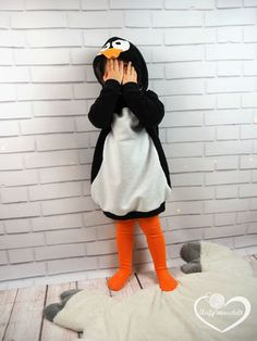 Costume, carnival costume sew for children, penguin costume Lybstes. Costume, carnival costume sew for children, penguin costume Carnival Signs, Carnival Booths, Carnival Dress, Carnival Decorations, Carnival Prizes, Diy Carnival, Carnival Costumes, Diy Costumes, Halloween Sewing