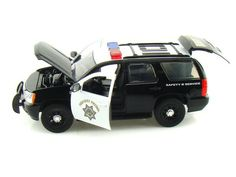 Jada Toys Hero Patrol Precints 1/24 Scale 2010 Chevrolet Chevy Tahoe California Highway Patrol CHP Diecast Car Model 96294